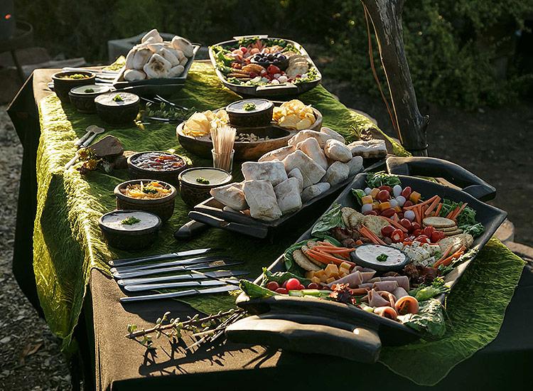 Sundowner Bush Dinner